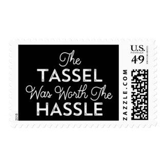 La borla valió la graduación del molestia timbres postales