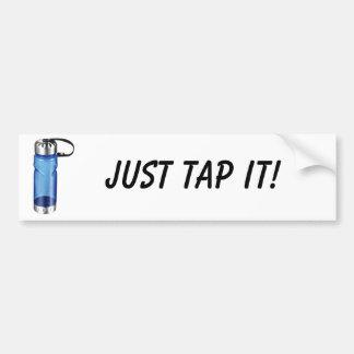 ¡La botella de agua, apenas lo golpea ligeramente! Pegatina De Parachoque
