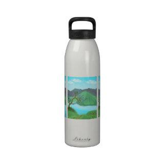 La botella de agua de Tritych del fiordo