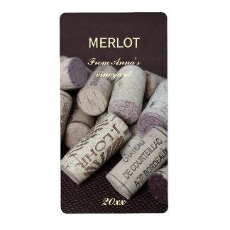 La botella de vino tapa la etiqueta de la botella etiquetas de envío