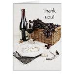 la botella, la copa de vino y el queso de vino le  tarjetas