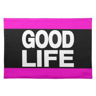 La buena vida pica de largo mantel