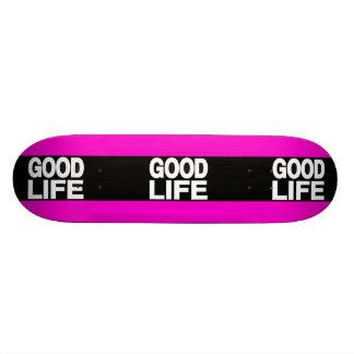La buena vida pica de largo monopatin personalizado