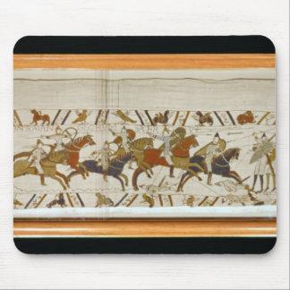 La caballería normanda ataca el inglés alfombrilla de raton