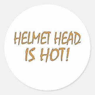 La cabeza del casco es caliente pegatinas redondas
