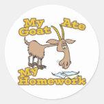la cabra comió mi dibujo animado divertido de la p etiquetas redondas