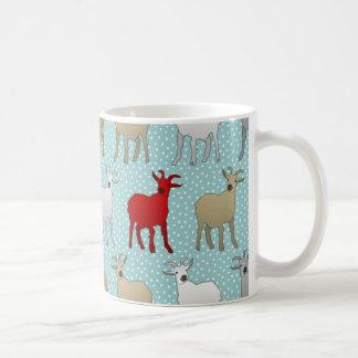 La cabra roja taza básica blanca