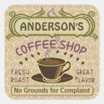 La cafetería con la taza crea sus los propios pegatina cuadrada