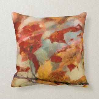 La caída de las hojas de otoño colorea la almohada cojín decorativo