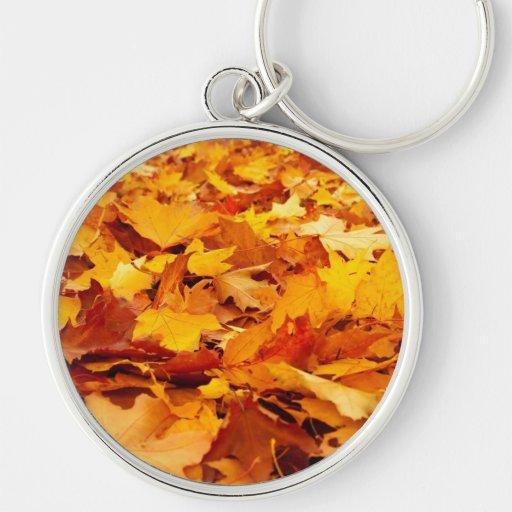 La caída deja a otoño la cubierta de tierra llaveros personalizados