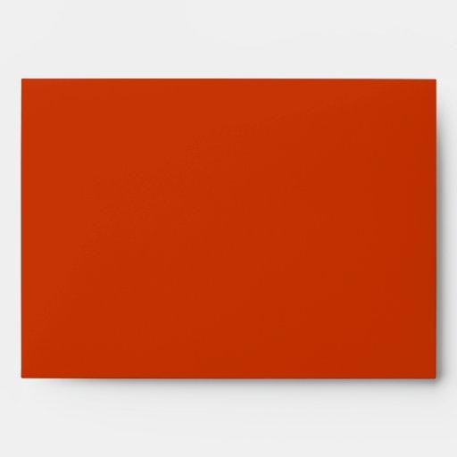 La caída deja a rojo anaranjado el sobre blanco de