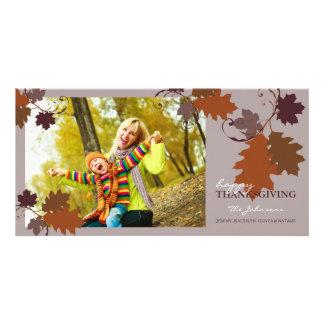 La caída del otoño deja la tarjeta de la foto del tarjetas fotográficas