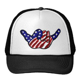 La caída patriótica suelta el gorra