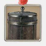 La caja del cigarrillo con shagreen los lados, 192 ornamento de navidad