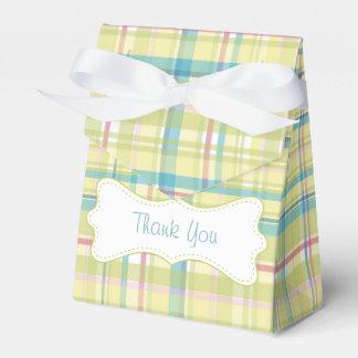 La cal y la tela escocesa rosada le agradecen cajas para regalos de fiestas