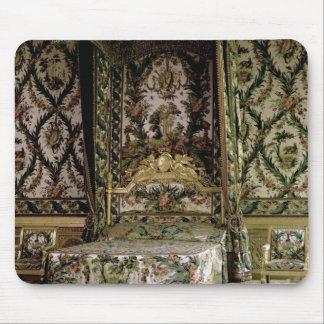 La cama real, probablemente del siglo XVIII (foto) Tapetes De Ratón