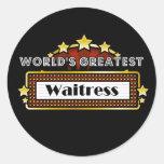 La camarera más grande del mundo etiquetas