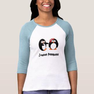 La camisa de las mujeres de los pingüinos del zomb