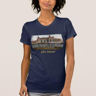 La camisa de las mujeres pintadas de la isla de