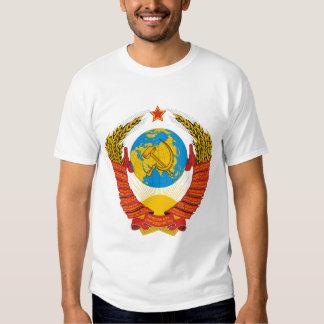 La camisa de los hombres soviéticos del escudo de