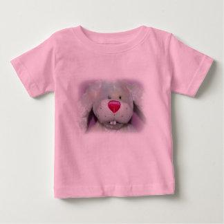 La camisa de pascua del bebé de lúpulo del