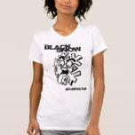 La camisa del chica negro de la nieve