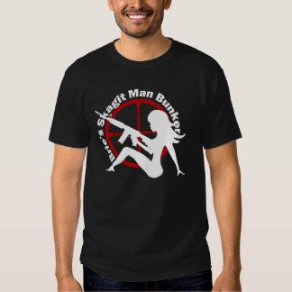 La camisa del hombre de la arcón del hombre