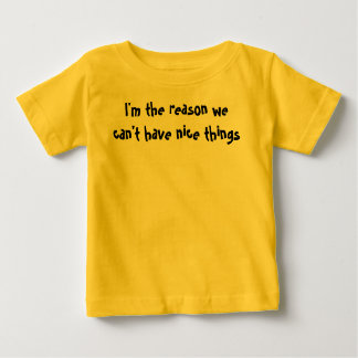 La camisa del niño de la razón