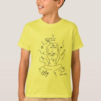 La camisa del niño interno del niño