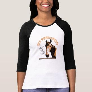 La camisa dos-entonada de las mujeres del caballo