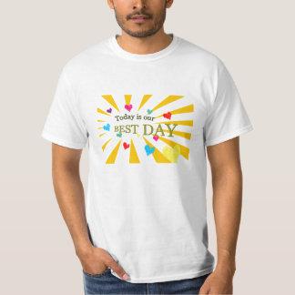 La camisa positiva es hoy nuestro mejor día