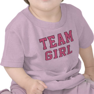 La camisa rosada del niño del niño de la niña el |