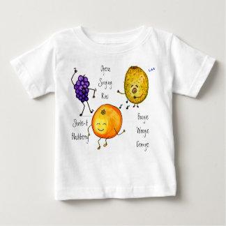 La camiseta artsy del manojo playera