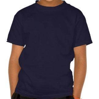La camiseta azul del niño con la nariz roja del