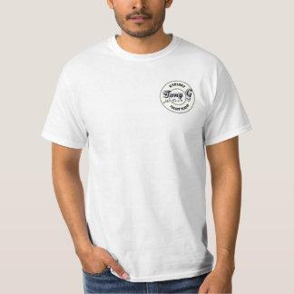 La camiseta blanca de los pequeños hombres del