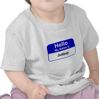 La camiseta conocida del bebé de la etiqueta en