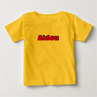 La camiseta de Aiden