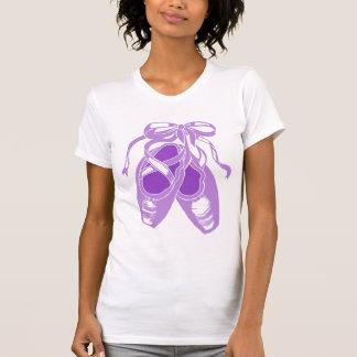La camiseta de ballet de las mujeres púrpuras de