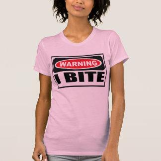 La camiseta de I de las mujeres de cuidado de la