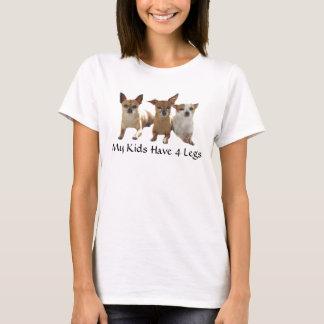 La camiseta de la chihuahua mis niños tiene 4