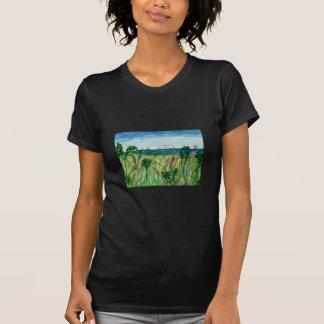 La camiseta de la mujer con arte del paisaje marin