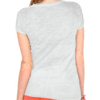 La camiseta de la quemadura de la señora