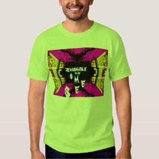 La camiseta de la verde lima del infinito parece poleras