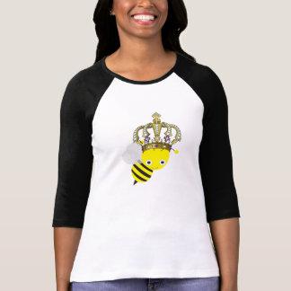 La camiseta de las mujeres de la abeja reina