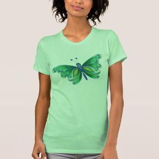 La camiseta de las mujeres de la mariposa de