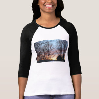 La camiseta de las mujeres del cielo de diciembre