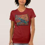 La camiseta de las mujeres del kajak
