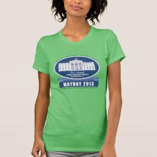 La camiseta de las mujeres del primero de mayo poleras