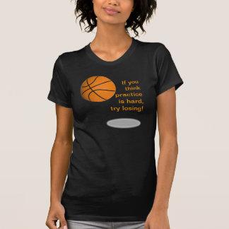 La camiseta de las mujeres del triunfo del balonce
