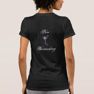 La camiseta de los camareros de la mujer playera